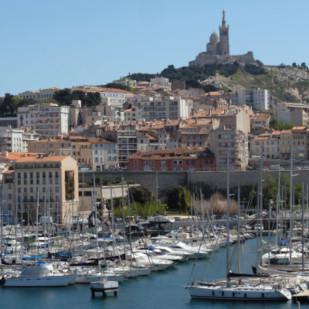 Manucure à Marseille
