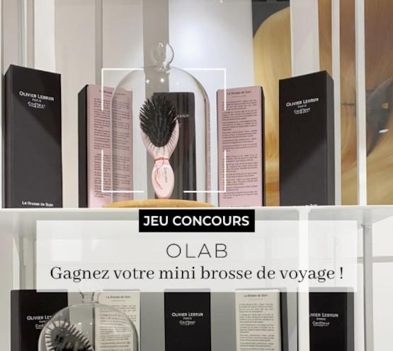 De fabrication française, la Brosse Unique Olab au format mini vous accompagnera partout en vacances