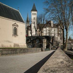 Ville-Pau